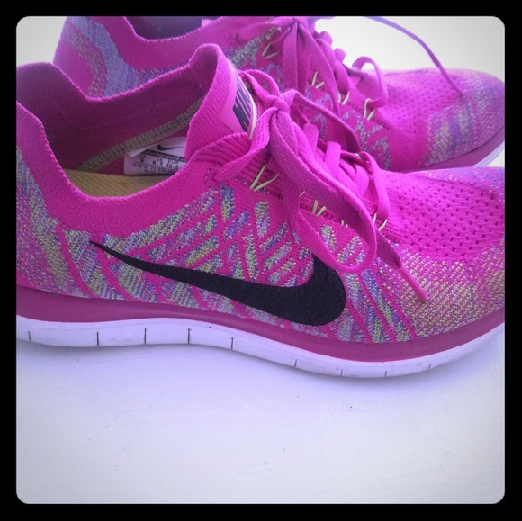 hot sale online ce642 1be7a Nike womens barefoot ride 4.0 size 9